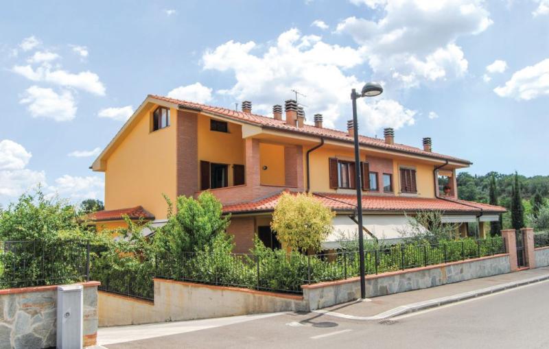 1162434,Apartamento  con piscina comunitaria en Cavriglia Ar, en Toscana, Italia para 4 personas...