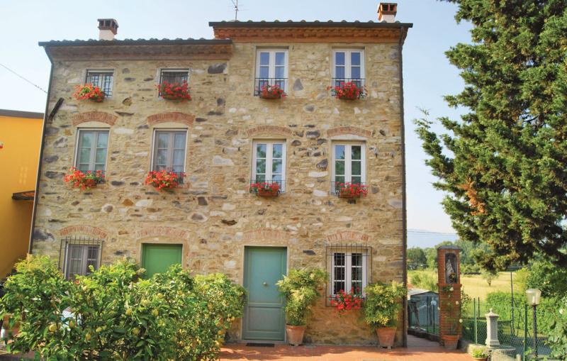 Corte pasquini 1162442,Vivienda de vacaciones  con piscina privada en Capannori Lu, en Toscana, Italia para 8 personas...