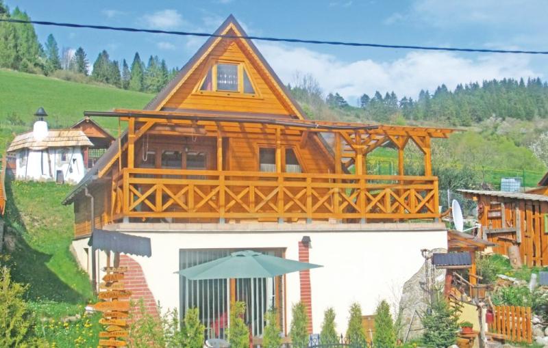 1162552,Casa en Dolny Kubin, Tatra Mountains, Eslovaquia  con piscina comunitaria para 8 personas...