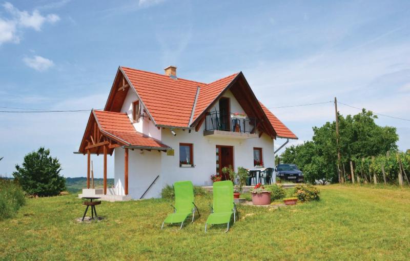 1163827,Vivienda de vacaciones en Köröshegy, Balaton Somogy, Hungría  con piscina comunitaria para 5 personas...
