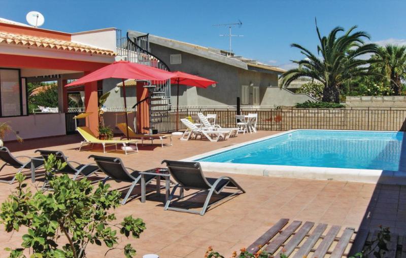 Apt 6 1164144,Apartamento  con piscina privada en S. Croce Camerina Rg, Sicily, Italia para 6 personas...