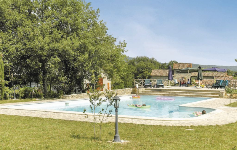 1166924,Apartamento en Pietraviva Ar, en Toscana, Italia  con piscina privada para 2 personas...