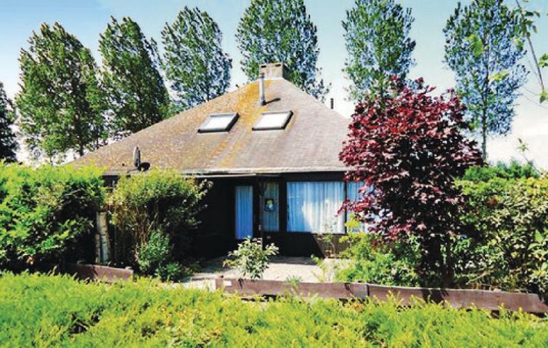 Oud kempen bungalow 109 1168783,Vivienda de vacaciones en Stavenisse, Zeeland, Holanda  con piscina privada para 5 personas...