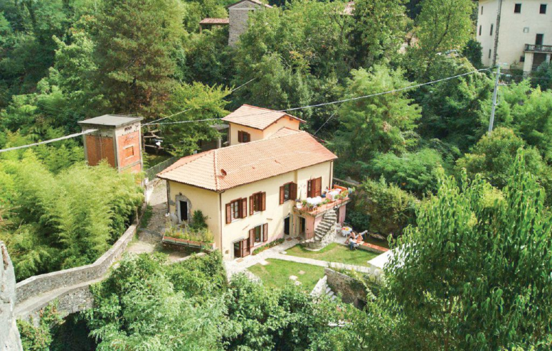 Rosina 1169300,Apartamento en Bagnone Ms, en Toscana, Italia para 4 personas...