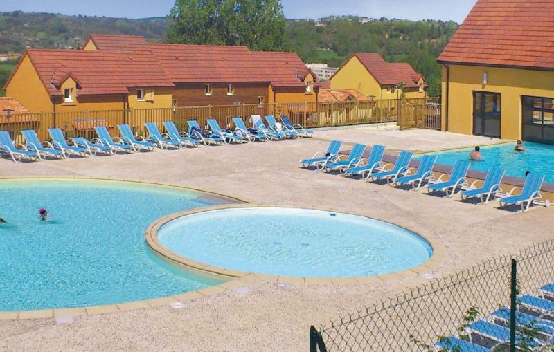 1169708,Apartamento en Sarlat La Caneda, Dordogne, Francia  con piscina privada para 4 personas...