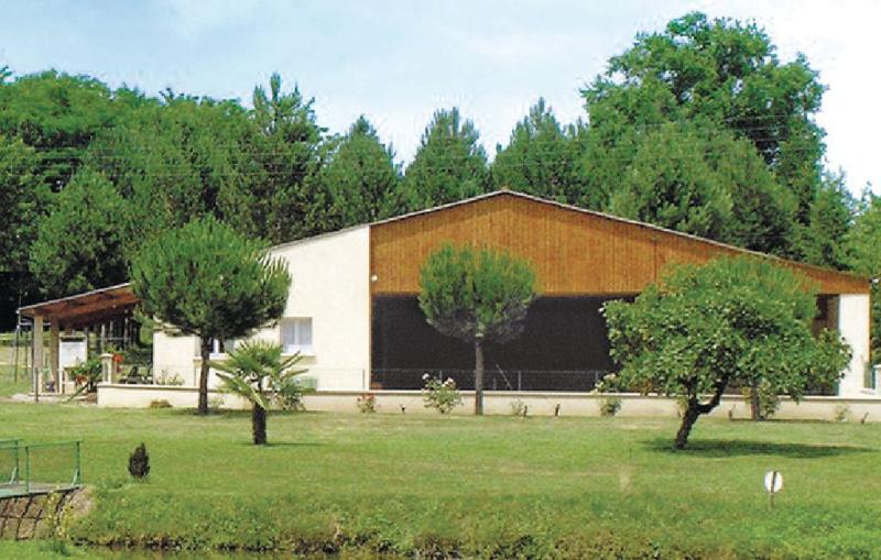 1169807,Vivienda de vacaciones  con piscina privada en Massugas, Gironde, Francia para 6 personas...