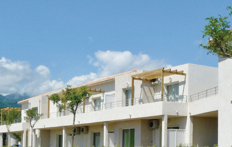 1170935,Apartamento en Poggio Mezzana, Corsica, Francia  con piscina privada para 4 personas...