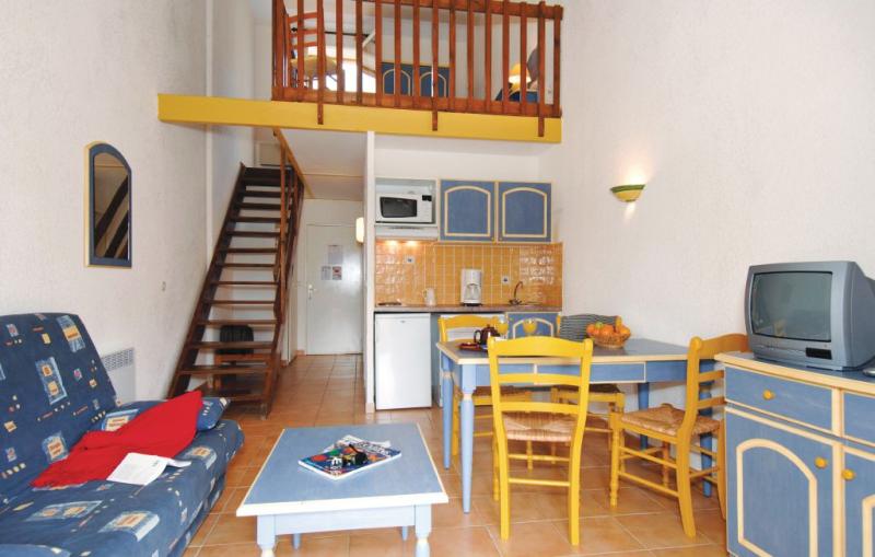 1170949,Apartamento  con piscina privada en Saint-Etienne-Les-Org., Provence-Alpes-Côte d'Azur, Francia para 6 personas...