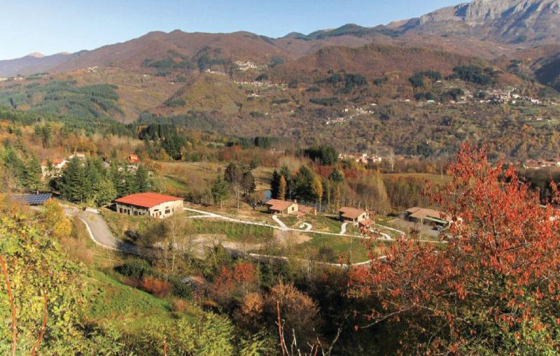 Aquila 2 1170970,Vivienda de vacaciones en Camporgiano Lu, en Toscana, Italia  con piscina privada para 6 personas...
