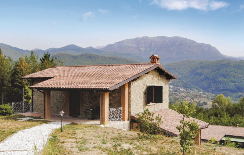 Civetta 2 1170976,Vivienda de vacaciones en Camporgiano Lu, en Toscana, Italia  con piscina privada para 4 personas...