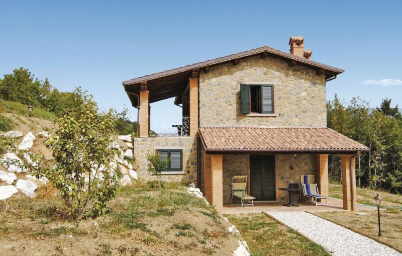 Civetta 1 1170977,Vivienda de vacaciones  con piscina privada en Camporgiano Lu, en Toscana, Italia para 8 personas...