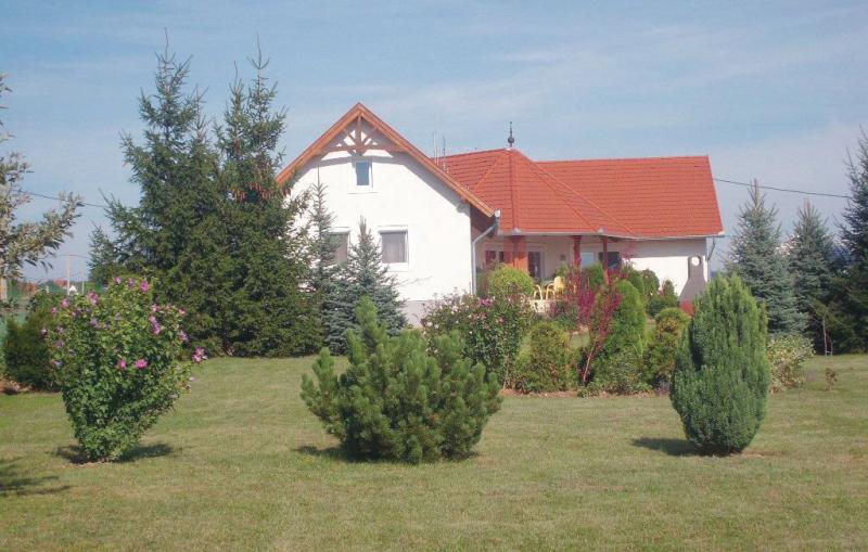 1171046,Appartement in Cserszegtomaj, Balaton Felvidek, Hongarije voor 4 personen...
