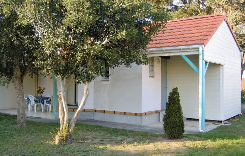 1171218,Vivienda de vacaciones en Prefailles, Loire, Francia  con piscina comunitaria para 4 personas...