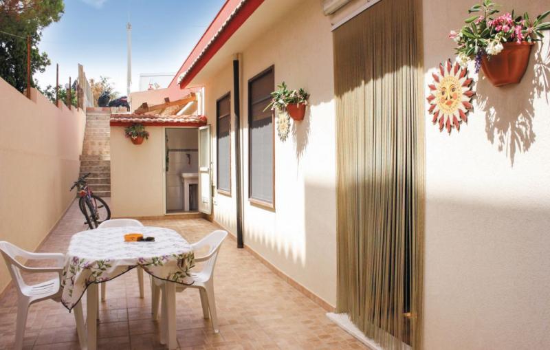 Kiarael 1175842,Apartamento en Modica -Rg-, Sicily, Italia para 5 personas...