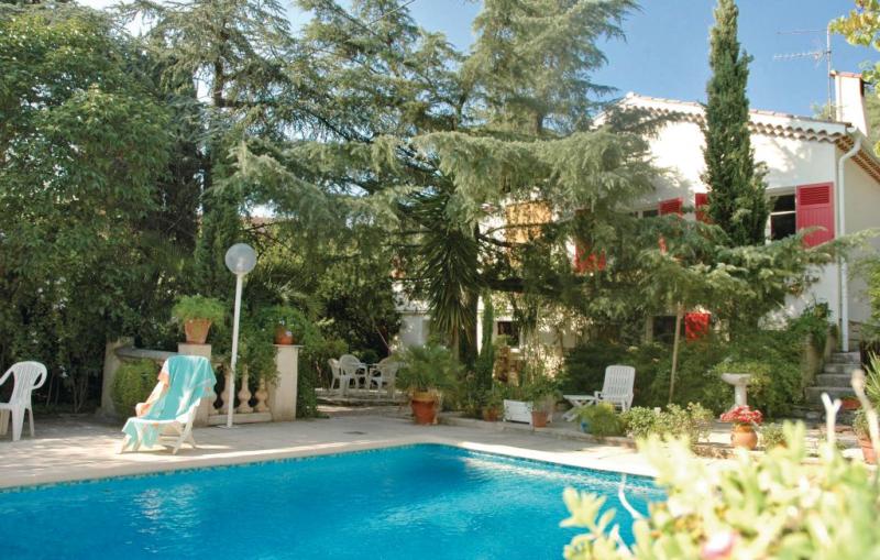 1175971,Apartamento  con piscina privada en Hyeres Les Palmiers, Var, Francia para 3 personas...