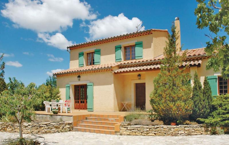 1176112,Vivienda de vacaciones  con piscina comunitaria en Mollans Ouveze, Drôme, Francia para 8 personas...