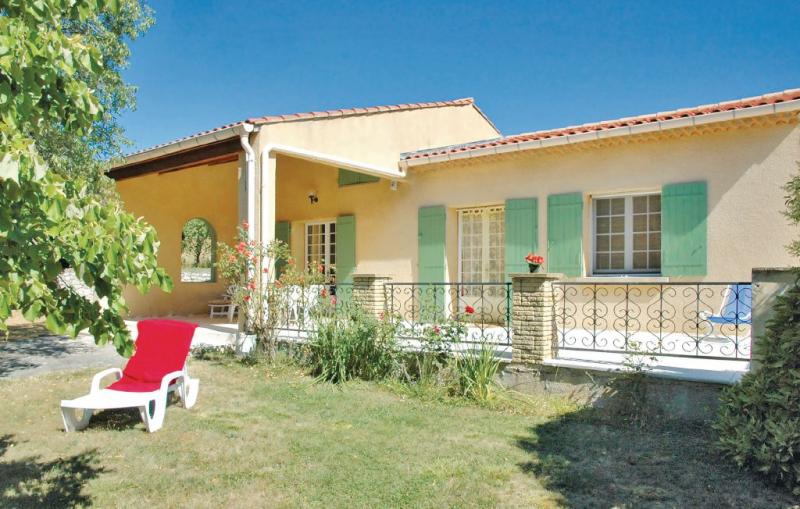 1176121,Vivienda de vacaciones en St Trinit, Provence-Alpes-Côte d'Azur, Francia para 5 personas...