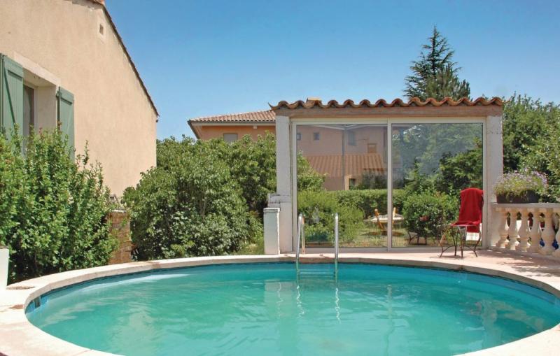 1176146,Apartamento en Sault, Provence-Alpes-Côte d'Azur, Francia  con piscina privada para 3 personas...