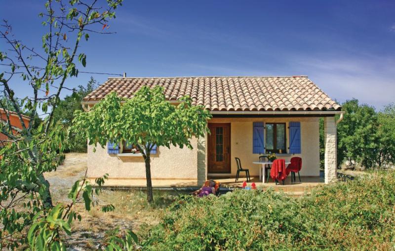 1176184,Vivienda de vacaciones en La Beaume, Ardèche, Francia para 4 personas...
