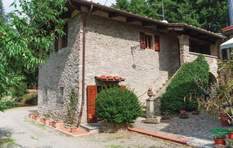Antico pod querceto 1176740,Casa grande  con piscina comunitaria en Arezzo, en Toscana, Italia para 8 personas...