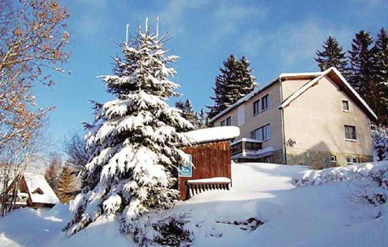 1176984,Casa  con piscina privada en Benecko, Královéhradecký kraj, Chequia para 12 personas...