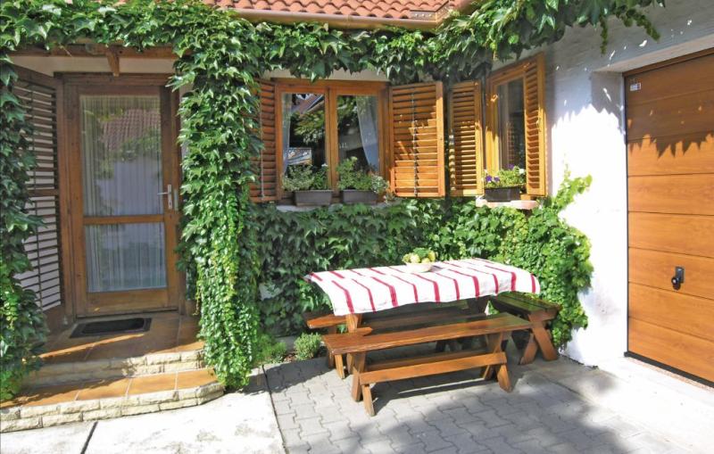 1177533,Vakantiewoning in Keszthely, Balaton Felvidek, Hongarije voor 4 personen...