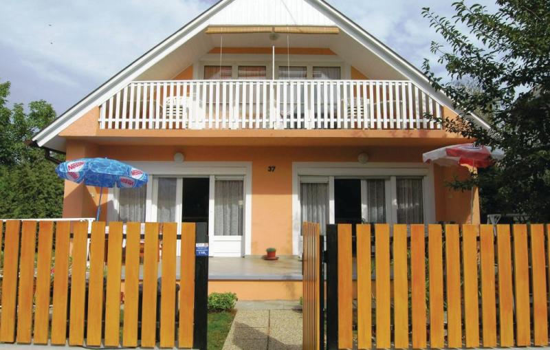1177535,Vivienda de vacaciones en Vonyarcvashegy, Balaton Felvidek, Hungría para 4 personas...