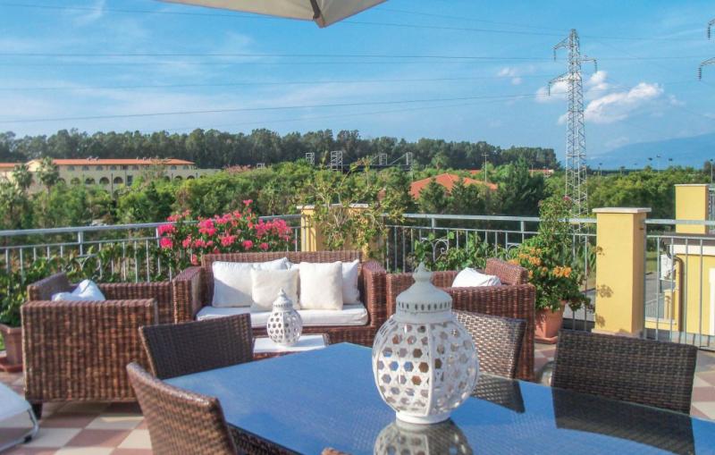 Pbc club 48f 1177806,Apartamento  con piscina privada en Pizzo Calabro -Vv-, Reggio Calabria, Italia para 5 personas...