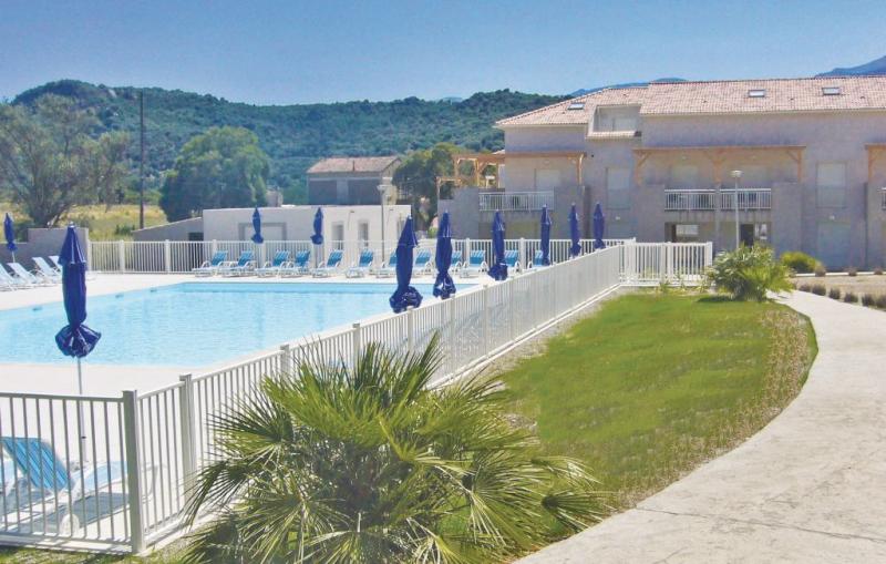 1177884,Apartamento  con piscina privada en Oletta, Corsica, Francia para 8 personas...