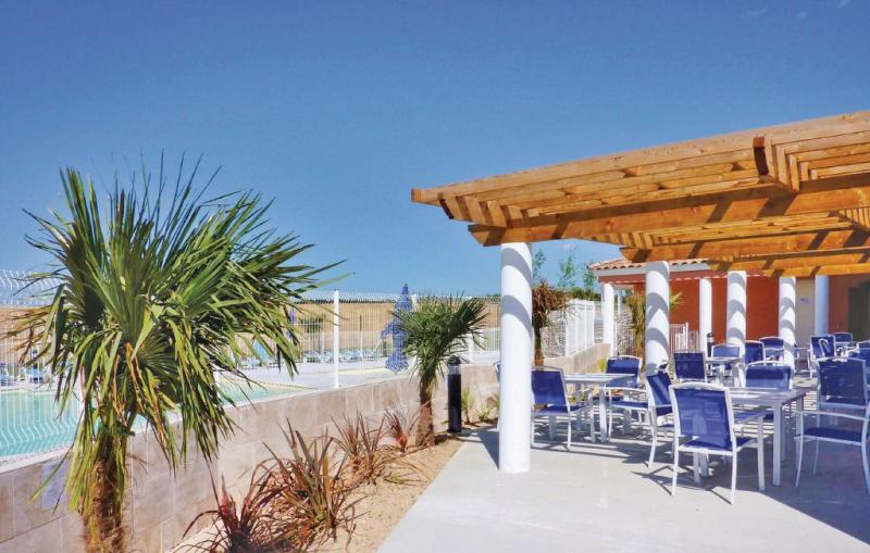 1177895,Apartamento en Cabriés, Rhône, Francia  con piscina privada para 6 personas...