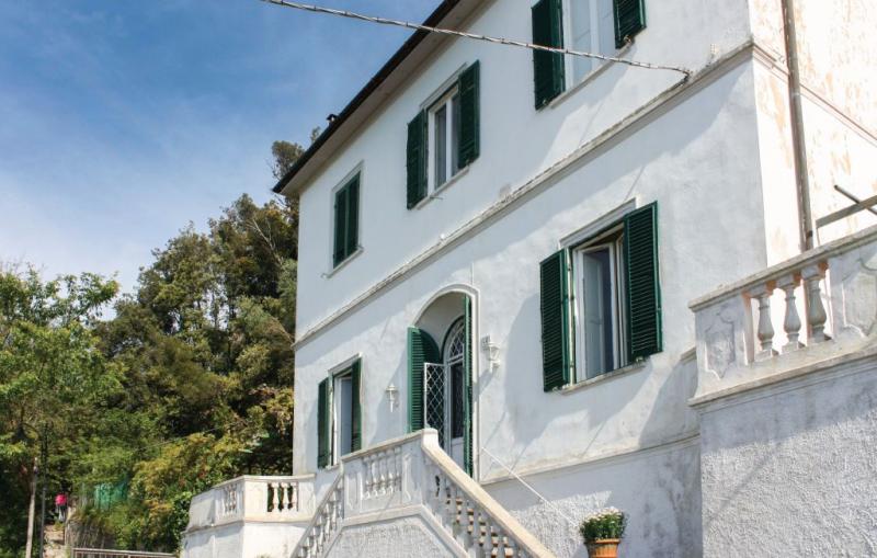 1178146,Casa grande en Montenero -Li-, en Toscana, Italia para 12 personas...