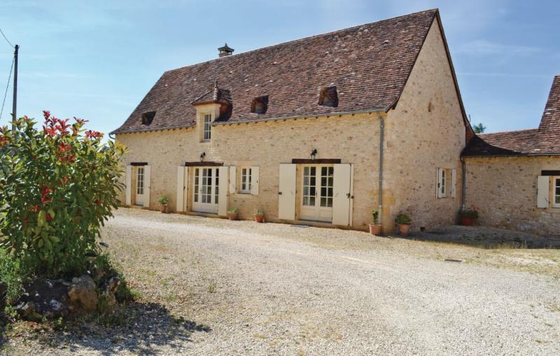 1179385,Vivienda de vacaciones  con piscina privada en Savignac-De-Miremont, Dordogne, Francia para 6 personas...