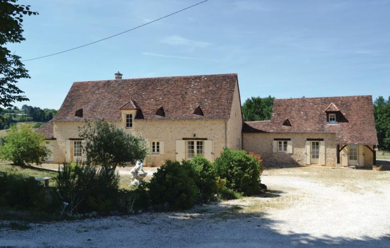 1179386,Vivienda de vacaciones  con piscina privada en Savignac-De-Miremont, Dordogne, Francia para 2 personas...