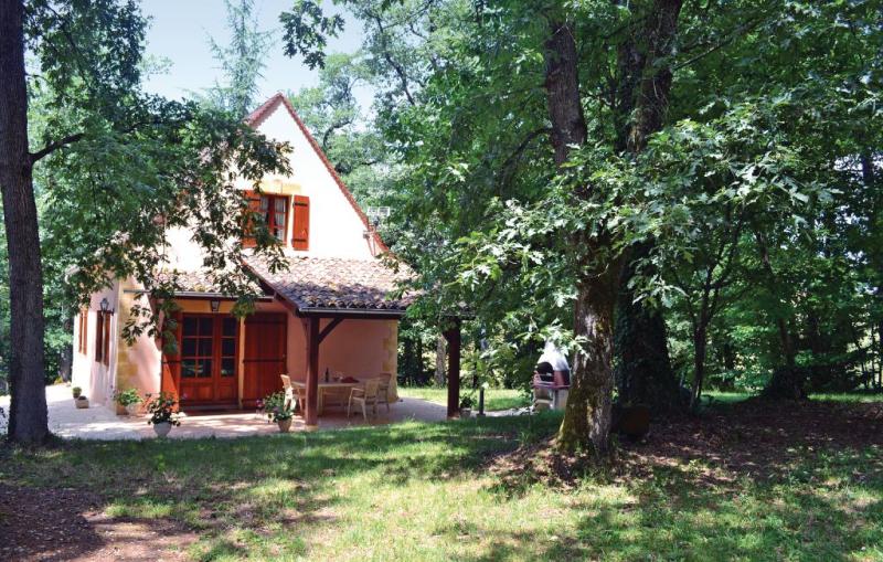 1179410,Vivienda de vacaciones  con piscina comunitaria en Monpazier, Dordogne, Francia para 6 personas...