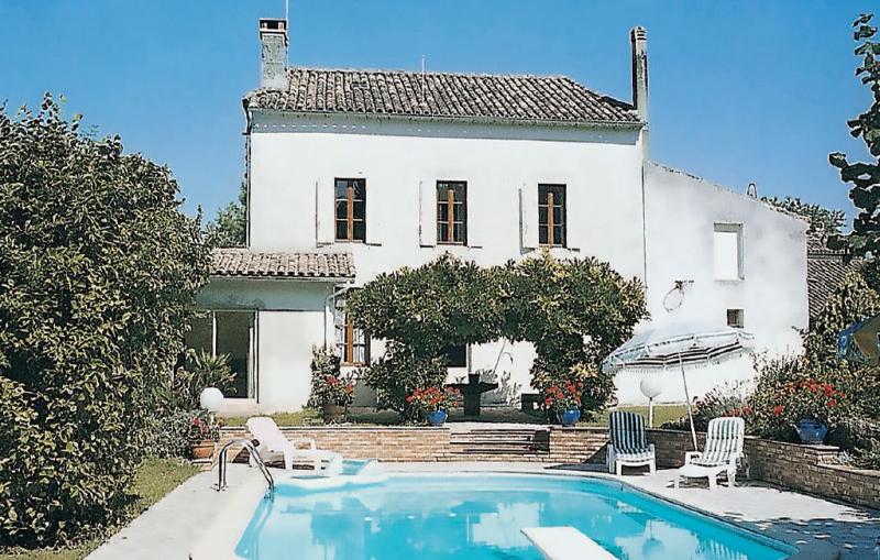 1179574,Vivienda de vacaciones en Monsegur, Gironde, Francia  con piscina privada para 6 personas...