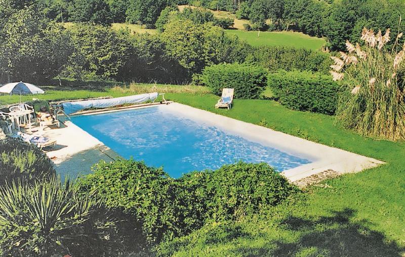 1179654,Vivienda de vacaciones en Sauveterre La Lemance, Lot-et-Garonne, Francia  con piscina privada para 7 personas...