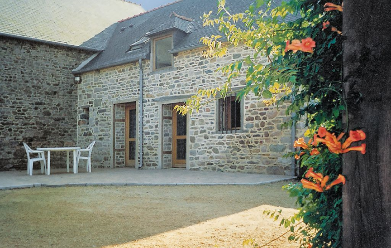 1179689, Holiday house in Ploézal, Brittany, France for 4 persons...