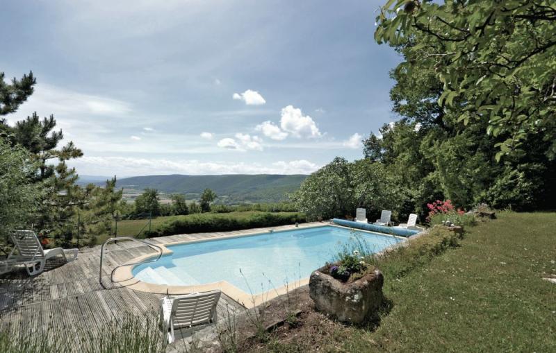 1181290,Vivienda de vacaciones en Roynac, Drôme, Francia  con piscina privada para 10 personas...