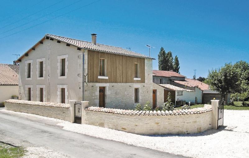 1181526,Vivienda de vacaciones en St. Sigismond, Vendée, Francia para 6 personas...