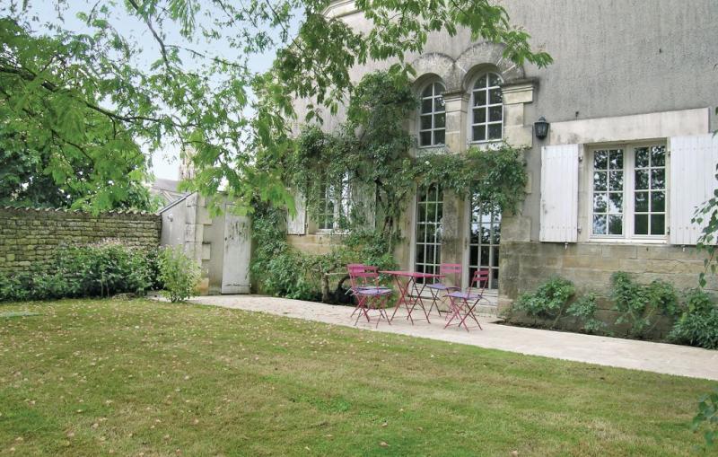 1181553,Vivienda de vacaciones en St. Hiaire Des Loges, Vendée, Francia  con piscina privada para 2 personas...