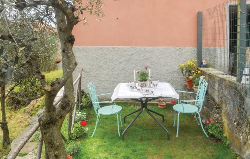 Casa rina 1183054,Vivienda de vacaciones en Camaiore-Casoli -Lu-, en Toscana, Italia para 4 personas...