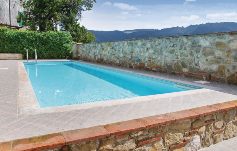 Il ghiro 1184042,Apartamento en Pedona -Lu-, en Toscana, Italia  con piscina privada para 4 personas...