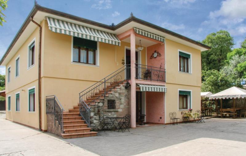 Pauline 1184045,Apartamento en Arqua´petrarca -Pd-, Veneto, Italia para 3 personas...