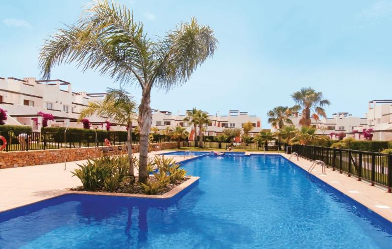 1184229,Apartamento  con piscina privada en Alhama de Murcia, Murcia, España para 6 personas...