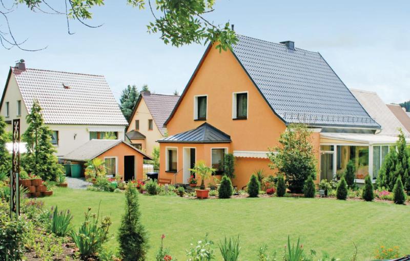 1184670,Casa  con piscina comunitaria en Oelsnitz, Vogtland-Ertsgebergte, Alemania para 7 personas...