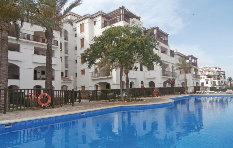1184751,Apartamento  con piscina privada en Baños Y Mendigo, Murcia, España para 4 personas...