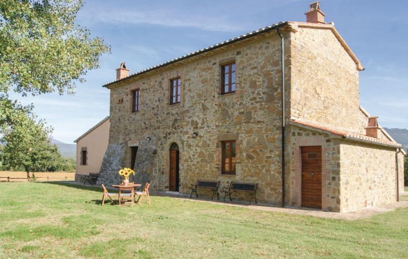 Biagiotta 1185894,Casa en Semproniano Gr, en Toscana, Italia para 16 personas...