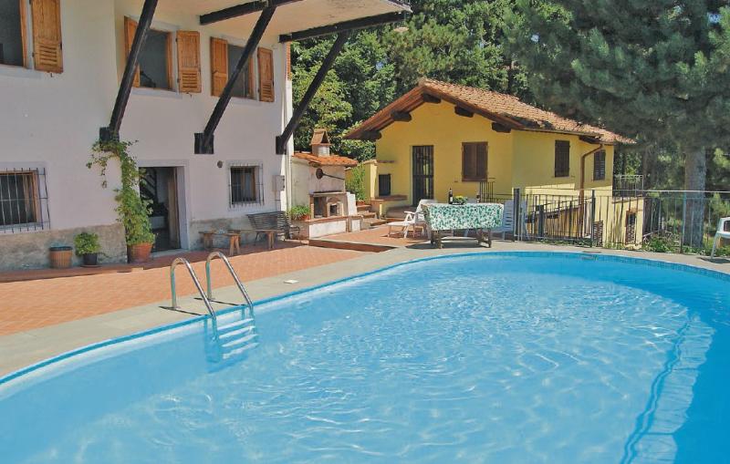 Casale 2 1186050,Apartamento en Loro Ciuffenna Ar, en Toscana, Italia  con piscina privada para 6 personas...