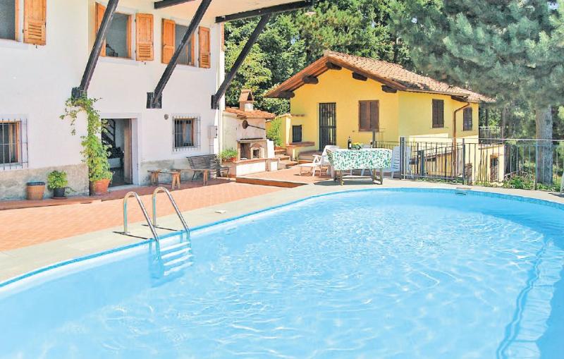 Casetta 2 1186075,Apartamento en Loro Ciuffenna Ar, en Toscana, Italia  con piscina privada para 2 personas...