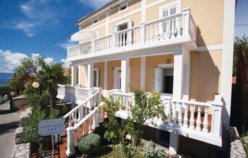 1186249,Apartamento en Omisalj, Dalmatia Islands, Croacia para 3 personas...